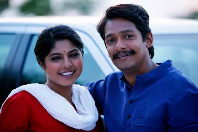 Priyadarshan-Jadhav-and-Prajakta-Hanamghar-Dhingana-Marathi-Movie