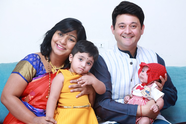 Swwapnil Joshi along with wife Leena Joshi, daughter Maayra and son Raaghav